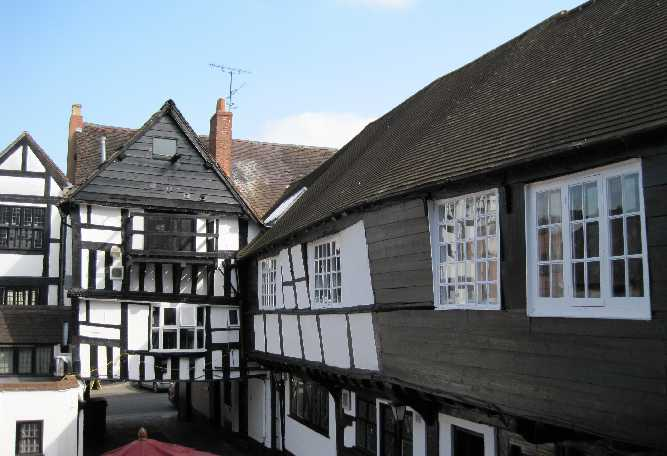 The Bull inn, mid 15th century (right), late 18th century